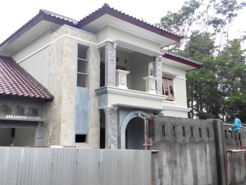 JASA KONTRAKTOR JOGJA - Proyek Desain & Pembangunan Rumah Tinggal 2 Lantai - Bpk. Rahmat Purwanto YOGYAKARTA (6)