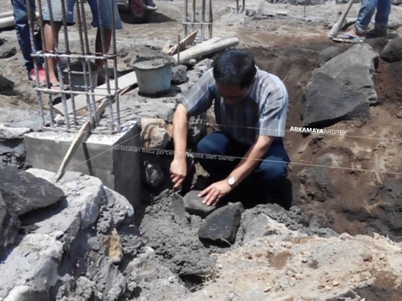 KONTRAKTOR BANGUN RUMAH - Proyek Desain & Pembangunan Rumah Tinggal 2 Lantai - Bpk. Rahmat Purwanto YOGYAKARTA (2)